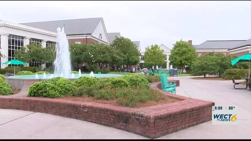 UNCW reports nearly 400 active COVID-19 cases among students and staff