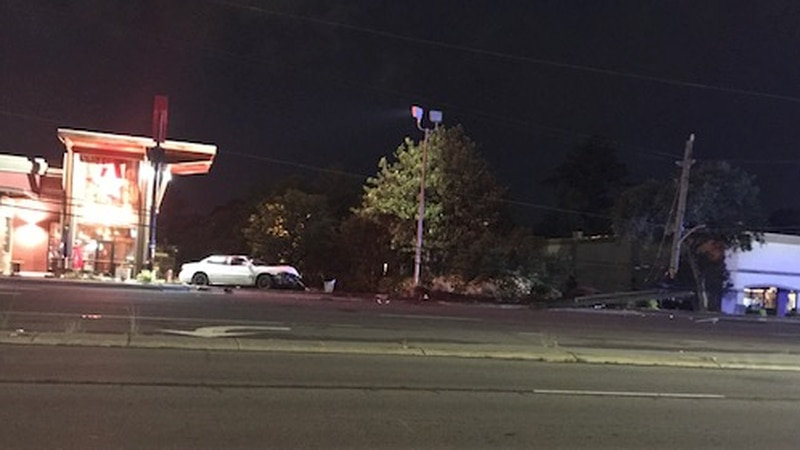A single-vehicle accident closed the eastbound lanes of Oleander Drive at 42nd Street early...