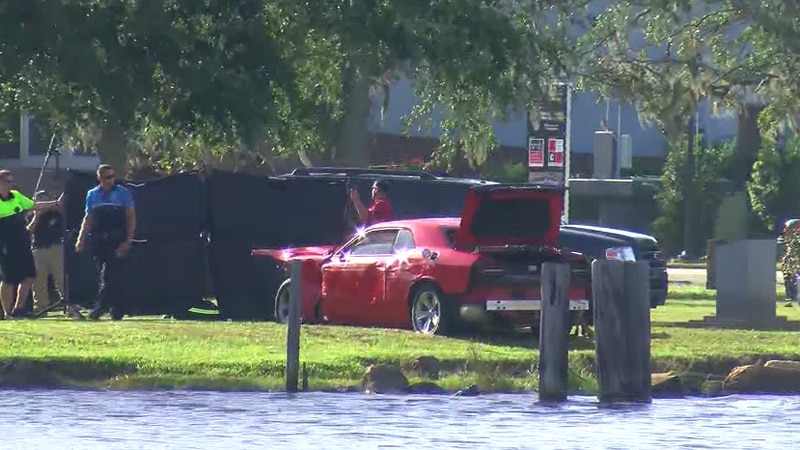 Car pulled from cape fear