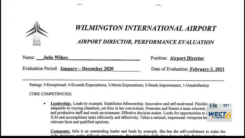 Airport director had excellent reviews shortly before being pushed out