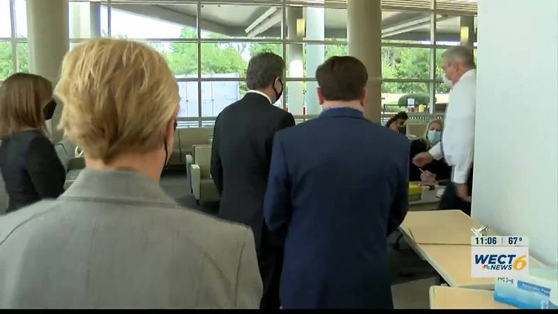 Gov. Cooper urges North Carolinians to get vaccinated after visiting NHRMC