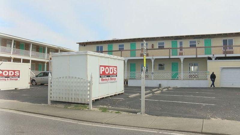 Savannah Inn in Carolina Beach remains closed after Hurricane Florence