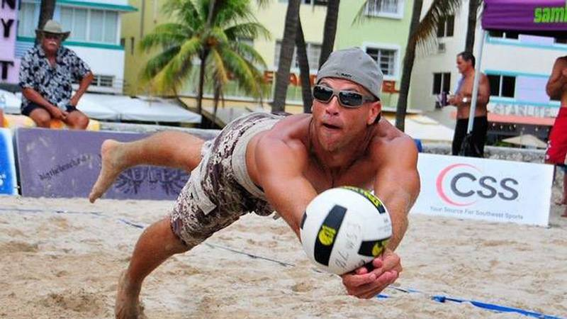UNCW grad Ranse Jones died of a stroke during a volleyball tournament in 2010 at the age of 34