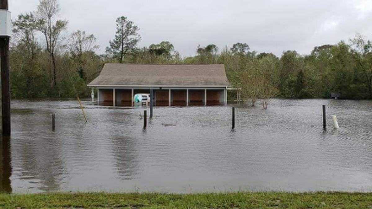 Fix a Friend Spay and Neuter Clinic flooded after Hurricane Florence. (Source: Adopt An Angel)