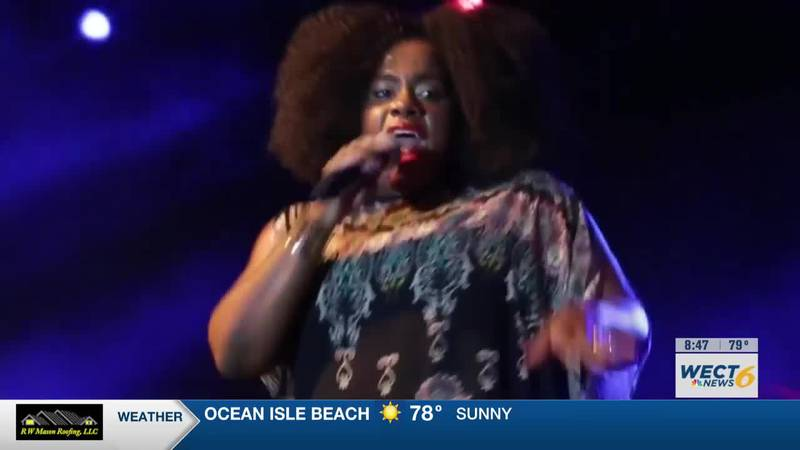VIDEO: Grammy-nominated artist Etana talks about her return to the stage on Carolina in the...