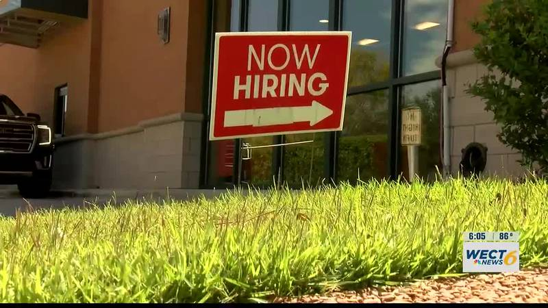Restaurants, small businesses continue to battle staffing shortages