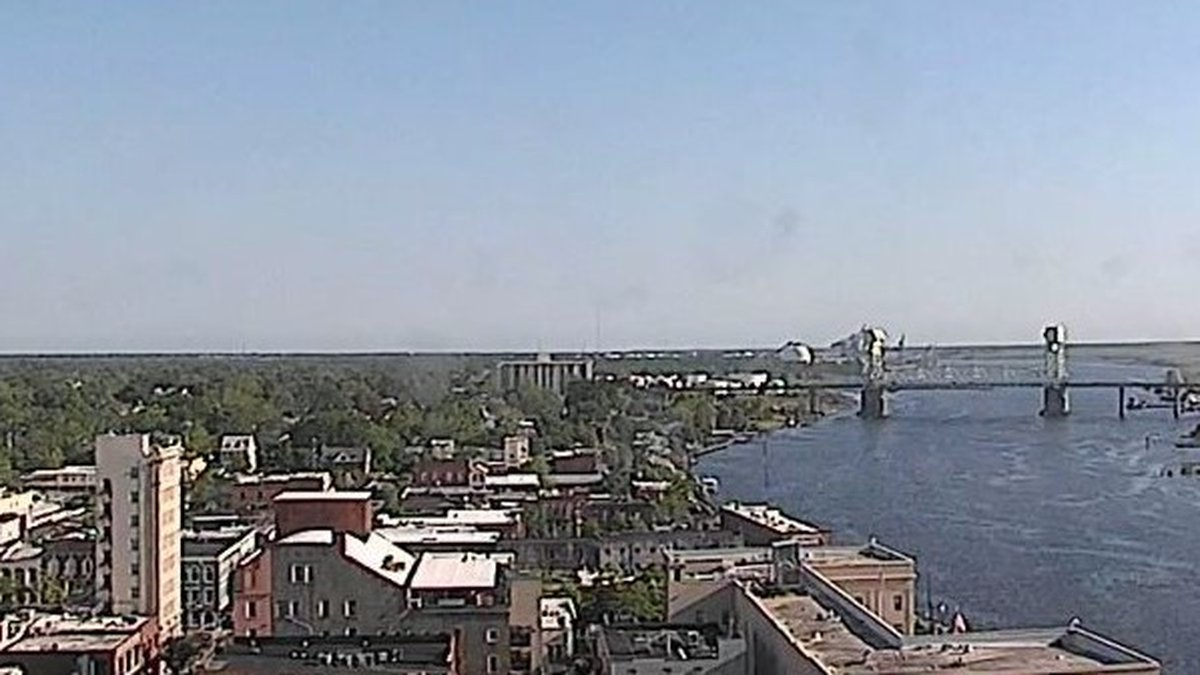 Downtown Wilmington, NC and the Cape Fear River. (Source: WECT)