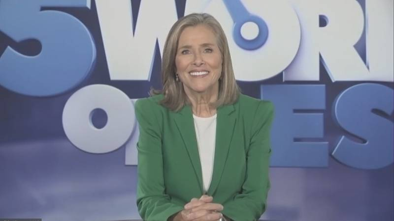 """Meredith Viera, host of the syndicated game show """"25 Words or Less"""", is on the """"1on1 with Jon..."""