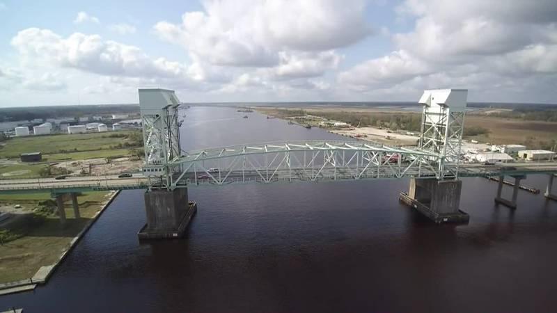 SKY TRACKER: A look over the Cape Fear Memorial Bridge
