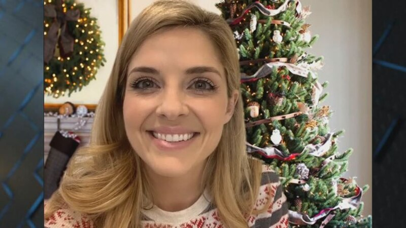 """Jen Lilley: Star of Hallmark's 'USS Christmas' movie is on the """"1on1 with Jon Evans"""" podcast"""